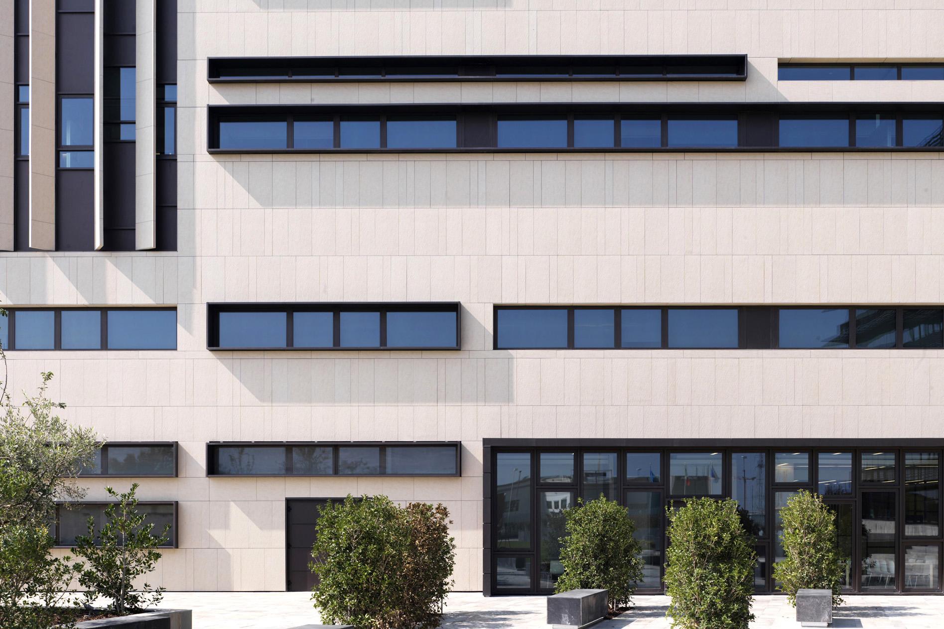 StudioEFA-Centro-Ricerche-Chiesi-01